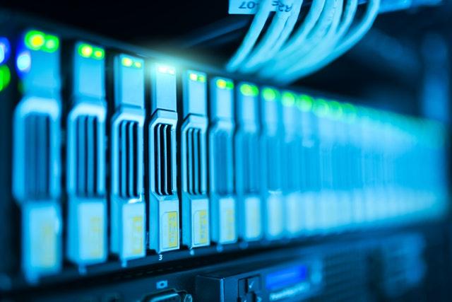 תפקידו של מנהל רשת הוא תחזוק ה- WAN וה- LAN